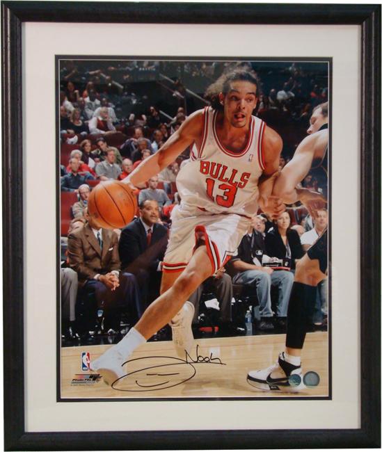 f14f910a7b9 Joakim Noah White Chicago Bulls Autographed Photograph Includes a 16
